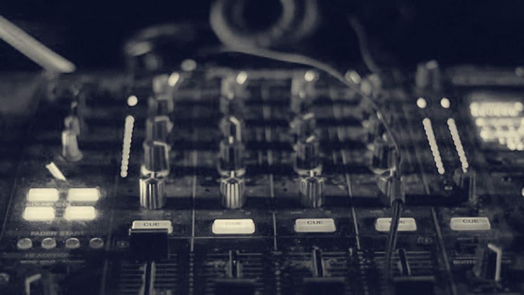 Crashkurs: Einführung in das digitale Mixen für FLTI*